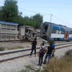 وزير النقل : تشكيل لجنة تحقيق في حادث انقلاب القطار