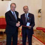 منح وسام وزارة خارجية روسيا لسفير تونس بموسكو