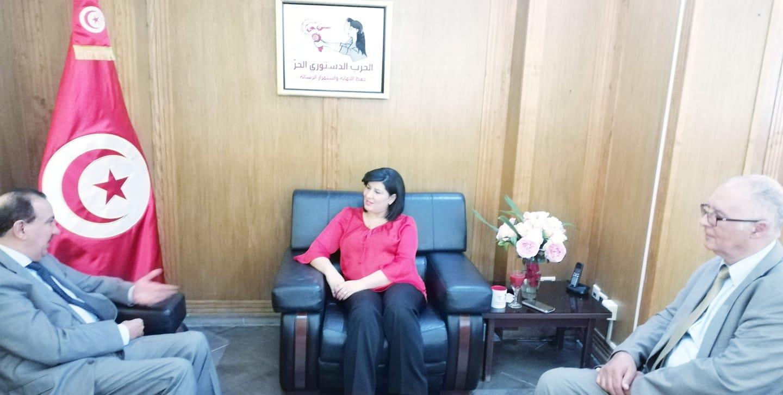 لقاء بين عبير موسي وسفير السعودية