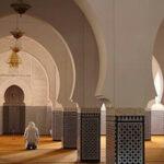 بإشراف هيئة الانتخابات: ندوة لتكوين الائمة والوعاظ لضمان حياد المساجد