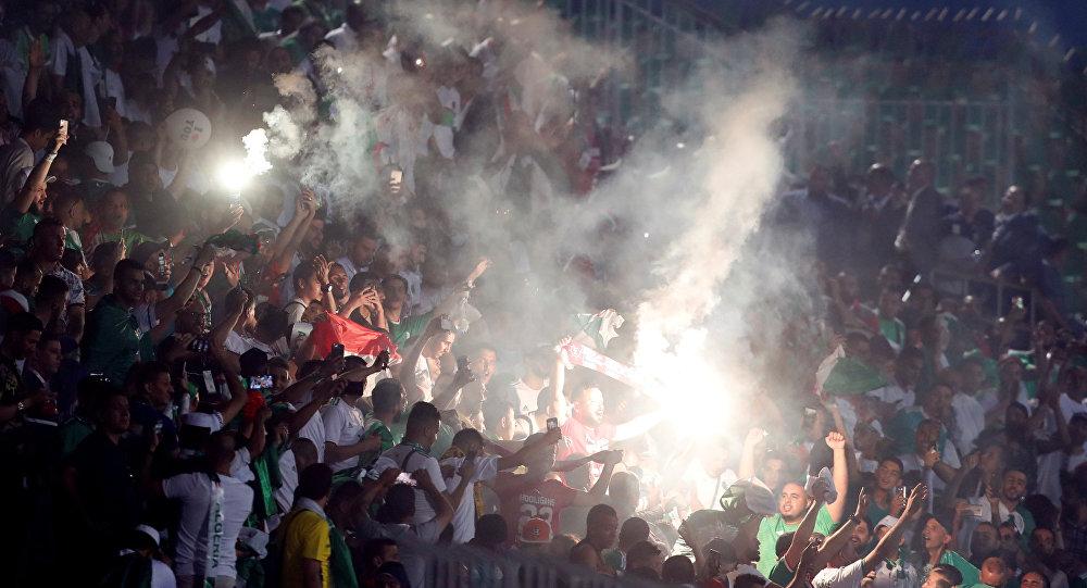 """الجزائر: قتلى وجرحى في تدافع بحفل """"سولكينغ"""""""