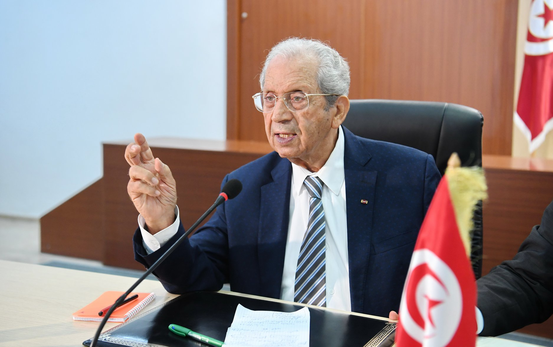 في رسالة تقدير : الناصر يدعو إلى توطيد العمل بين المؤسّستين الأمنيّة والعسكريّة