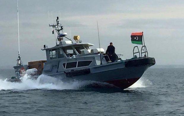 وزارة الخارجية: مَساع حثيثة للافراج عن 16 بحارا تونسيا مُحتجزين بليبيا