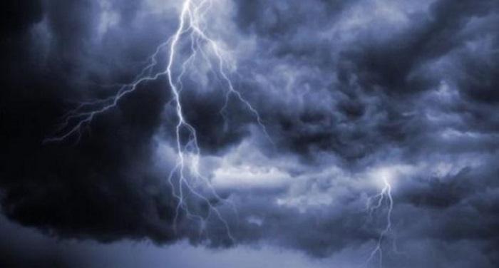 الرصد الجوي يحذر من أمطار غزيرة وصواعق ورياح قوية