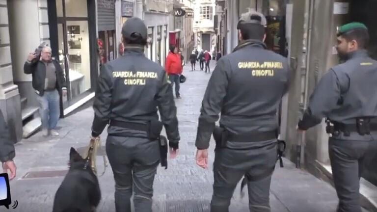 منهم 8 تونسيين: الشرطة الإيطالية تقبض على 10 أشخاص بتهمة تمويل الارهاب