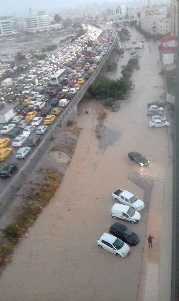صور: الأمطار تشلّ تونس الكبرى