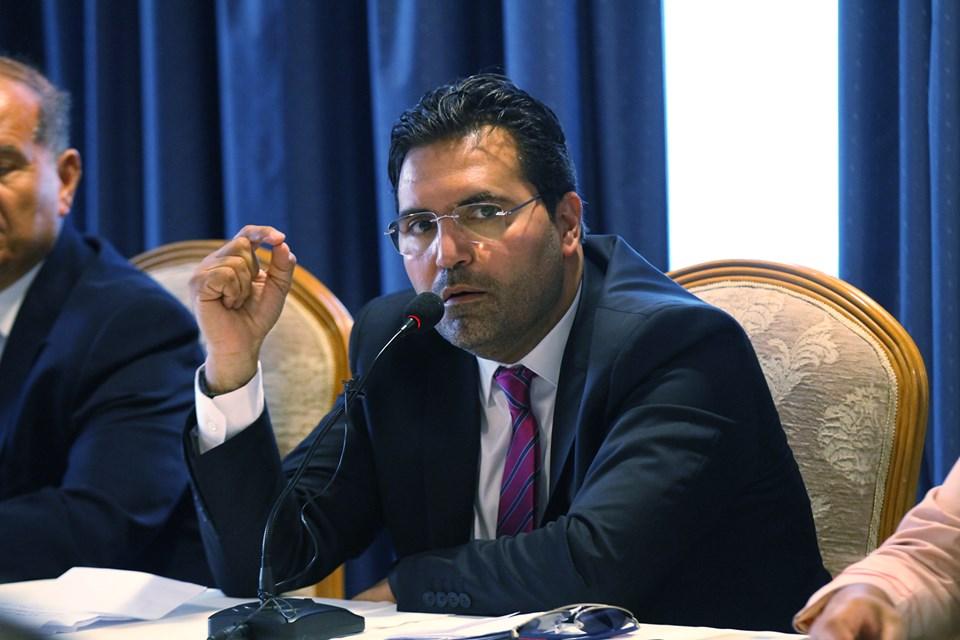 حاتم بولبيار: سأقلّص عدد الوزراء وأضاعف رواتبهم لـ10 آلاف دينار!