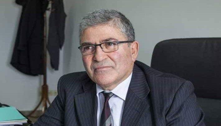 تواصل الاستقالات برئاسة الجمهورية وآخرها للأميرال العكروت
