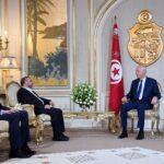 الملف الليبي: إخواني سابق مُعاد للإمارات ولحفتر أول ضيوف قيس سعيد
