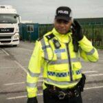 الشرطة البريطانية تعثر على 39 جثّة في شاحنة