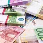 رويترز : تونس ستخرج مجددا للسوق المالية ..وتبحث عن تمويلات بـ8.5 مليارات دينار