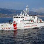 """حادث غرق مركب """"حرّاقة"""": خفر السواحل الإيطالي يعثر على 12 جثة"""