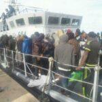 """الشرطة الإيطالية ترحّل 4 """"حارقين"""" تونسيين"""