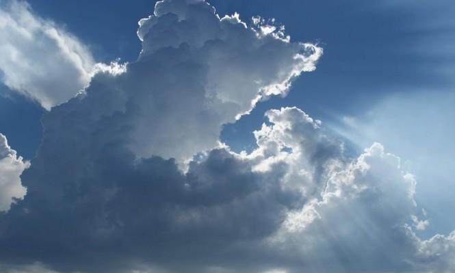 طقس اليوم: مغيم بأغلب الجهات مع رياح قوية نسبيا