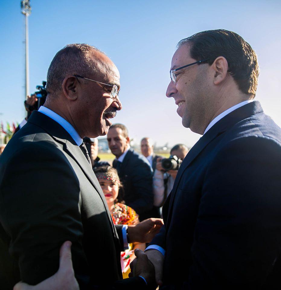 سابقة: بالطبيب مستشار سعيد يقود الوفد المرافق للشاهد بالجزائر (صور)