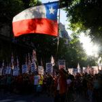 بسبب الاحتجاجات: نهائي ليبرتادوريس يطير من شيلي الى البيرو