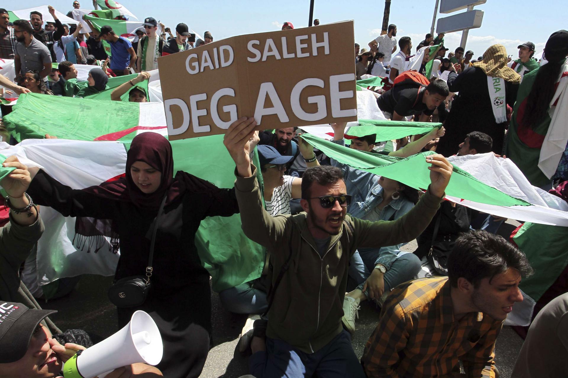 لوموند: سؤال مُعلّق في الجزائر… ماذا بعد الانتخابات ؟