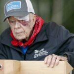 بسبب نزيف في الدماغ: نقل جيمي كارتر إلى المستشفى