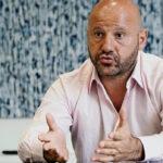 """رجل أعمال لبناني يُهدي جمعية """"تطوير دولة إسرائيل"""" مقتنيات لهتلر"""