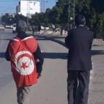 """مسيرة """" الحق المسلوب"""" .. مواطنون من جلمة يتوجهون لقرطاج سيرا على الأقدام"""