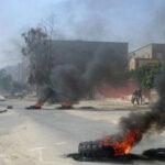 """القيروان: تجار الـ""""فريب"""" يحتجّون ويُغلقون الطريق بسبب افتكاك بضاعة أحدهم"""