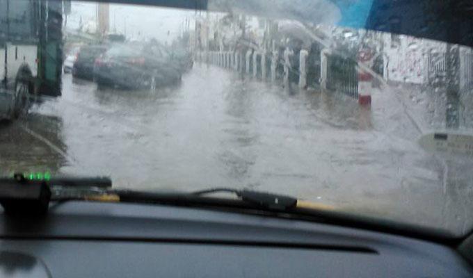 أمطار غزيرة وضباب كثيف : الداخلية تُحذر مستعملي الطريق