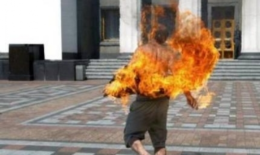 القلعة الكبرى : شاب ينتحر حرقا بسبب فاتورة الكهرباء
