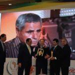 محمد القمودي يتحصل على جائزة أفضل الرياضيين الأفارقة لكل الأوقات