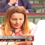 ليلى الحداد: 500 دينار كلفة تنقّل طبيب اختصاص يوميا إلى المناطق الداخلية