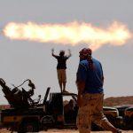ليبيا: الاعلان عن هُدنة بين قوات السراج وحفتر