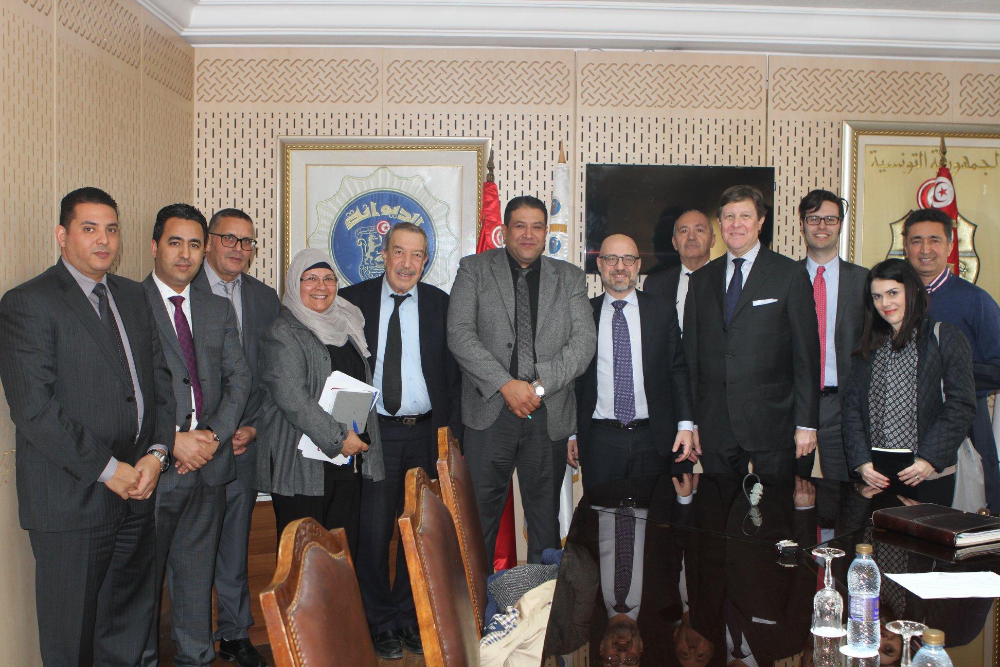 اثر لقائه بسفير إيطاليا: تعليمات من مدير عام الديوانة لحلّ اشكاليات مؤسسات أجنبية بتونس