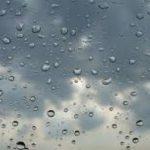 طقس اليوم: سُحب كثيفة .. رياح قوية وأمطار
