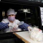 كبير المستشارين الطبيين بالصين يكشف موعد القضاء على كورونا بالعالم