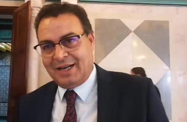 """الفخفاخ: تم إجلاء 8000 تونسي عبر العالم وكل العائدين""""الكتاب محلول عليهم """""""