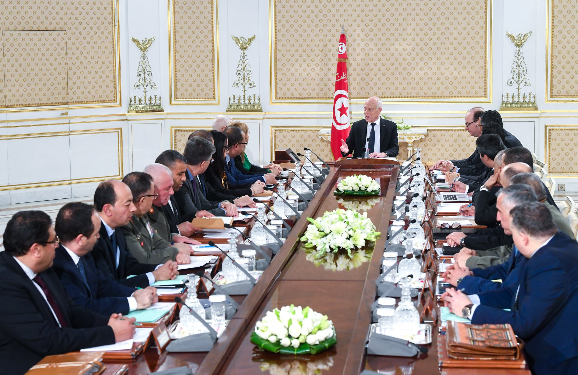سعيّد: الوضع يستوجب الرفع من حالة التوقّي حرصا على سلامة التونسيين
