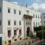 وزارة الشؤون الدينية تُحدد المصالح المستثناة من قرار الحجر الصحي