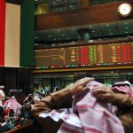 """انهيار جماعي للبورصات الخليجية بسبب تفشّي فيروس """"كورونا"""""""