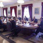 في مجلس وزاري مضيّق: مُسافة أمان بين الوزراء ردّا على انتقادات يوم أمس