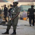 نيجيربا: الأمن يقتل 18 شخصًا خرقوا الحجر الصحي