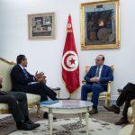 الفخفاخ يؤكد على تطوير نسق إدراج المؤسسات ببورصة تونس