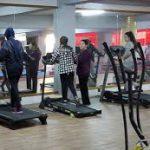 وزارة الرياضة: نحو تمتيع العاملين بالقاعات الرياضية الخاصة بالاجراءات الاجتماعية