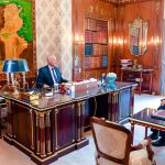 إجلاء التونسيين العالقين بالخارج محور لقاء سعيّد بوزير الخارجية