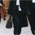 المحامون يحتجّون على المجلس الأعلى للقضاء ويُطالبون بإرجاع مرفق العدالة للعمل كاملا