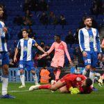 معركة بسبب كرة القدم في الحجر الصحي ببرشلونة