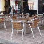 بن عزوز: 90 % من أصحاب المقاهي عجزوا عن تسديد أجور شهر أفريل