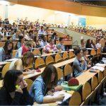 وزارة التعليم العالي: تمكين 80 ألف طالب من أرصدة انترنات مجانية