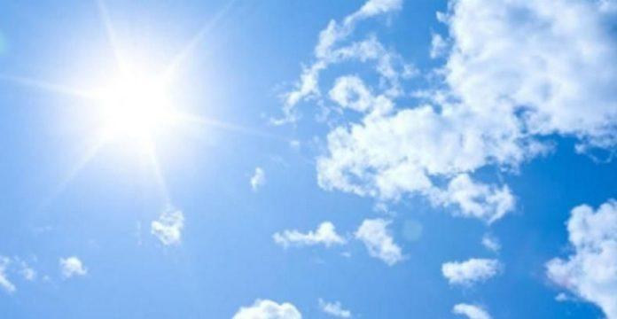 طقس اليوم: استقرار في درجات الحرارة وأمطار متفرّقة