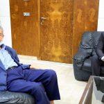 للاطمئنان على صحّته وعلى صحّة الافريقي: وزير الرياضة في مكتب حمادي بوصبيع