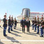 وصول الرئيس قيس سعيّد الى باريس (صور)