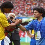 بطلب من مارادونا: رونالدينيو يعود الى الملاعب
